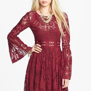 Lace Lovers Folk Song' Bell Sleeve Cutout Dress